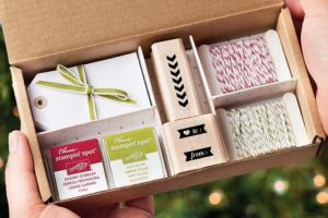 Schöner schenken - Stampin' Up! Adventsproduktpakete Angehängt