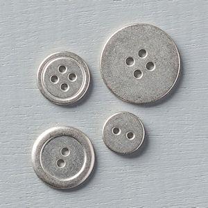133319 Metallknöpfe Basics. Statt 9,50 € nur 7,13 €