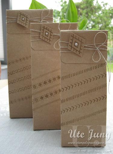 Tüten mit dem Stanz- und Falzbrett für Geschenktüten