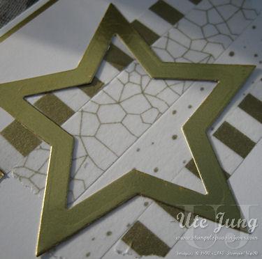 Stern aus Goldfolienpapier mit der Big Shot gestanzt