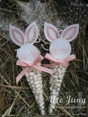 Friends & Flowers heißt das Stempelset, mit dem diese Tüten gestaltet sind.