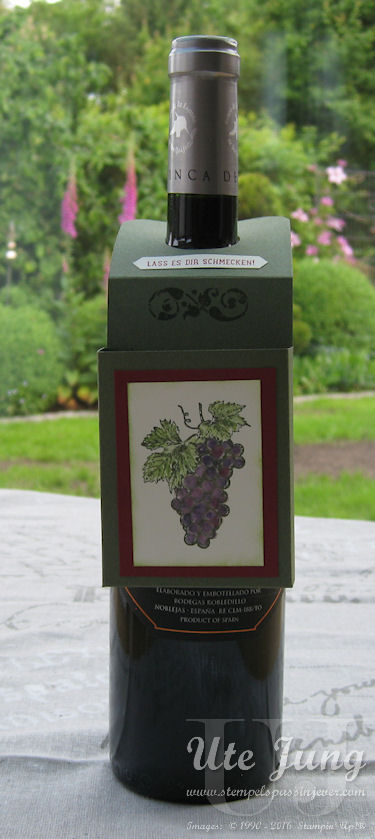 """Weinflaschenanhänger mit dem Stempelset """"Tuscan Vineyard"""" gestaltet"""