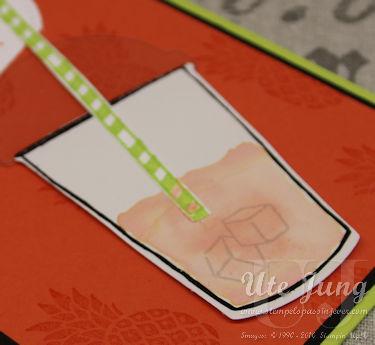 Auf Glanzpapier fließen die Farben besonders schön.