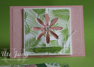 """Blütenkarte mit dem Designerpapier """"Traumhaft tropisch"""""""