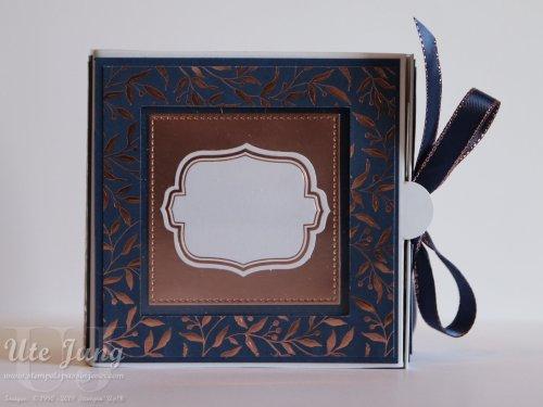 """Minialbum, gestaltet mit Papieren aus dem Produkt-Medley """"Alles Wunderbare"""""""